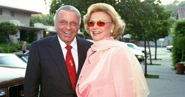 Померла вдова американського актора Френка Сінатри