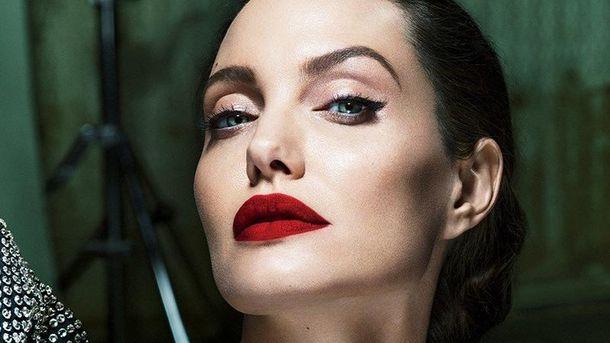 Анджеліна Джолі вперше розповіла про життя після розлучення з Бредом Піттом