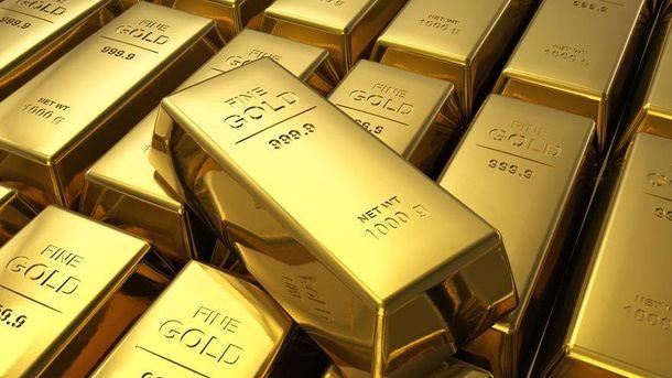 В Берлине мужчина нашел под деревом килограмм золота
