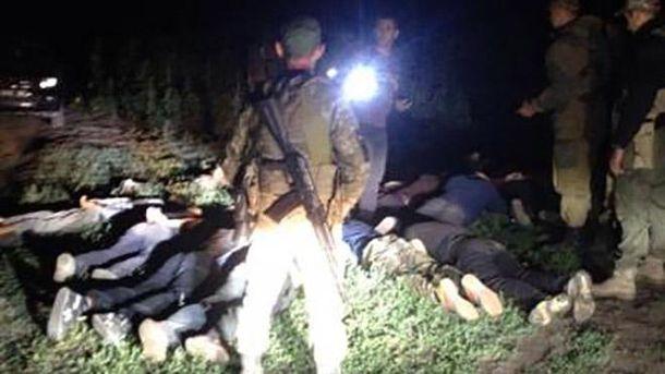 На кордоні з РФ затримали 13 українців