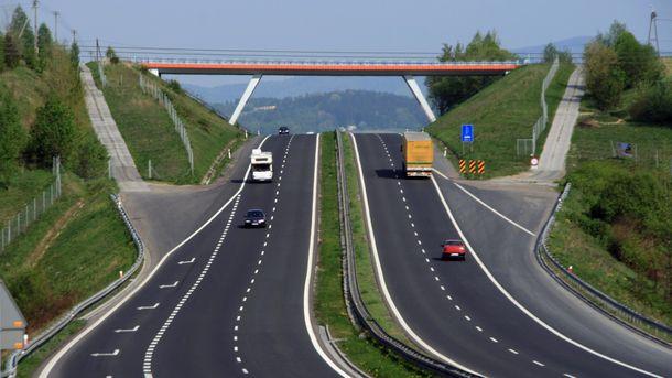 В Украине началось капитальное обновление автодороги Львов – Тернополь – Винница – Одесса – Николаев (иллюстрация)