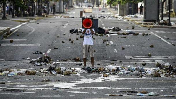 Выборы в Венесуэле сопровождались столкновениями
