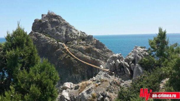 В Крыму поломался мост