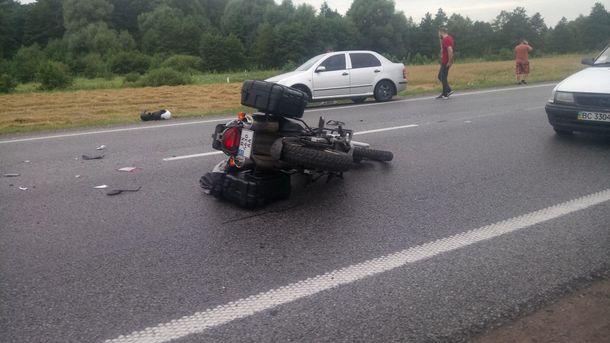 Под Киевом случилось кровавое ДТП: умер мотоциклист наHarley-Davidson