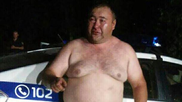 «Герой» упогонах. В.о. начальника відділу поліції влаштував бійку біля кафе