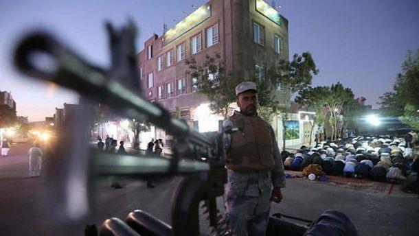 На півночі Афганістану бойовики вбили півсотні цивільних