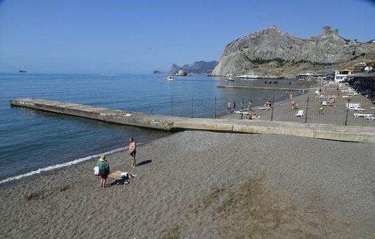 Пляжи Крыма во время курортного сезона-2017