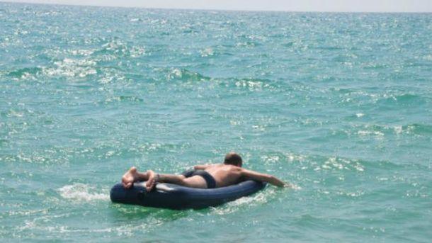 Парень провел три дня без воды и пищи в открытом море