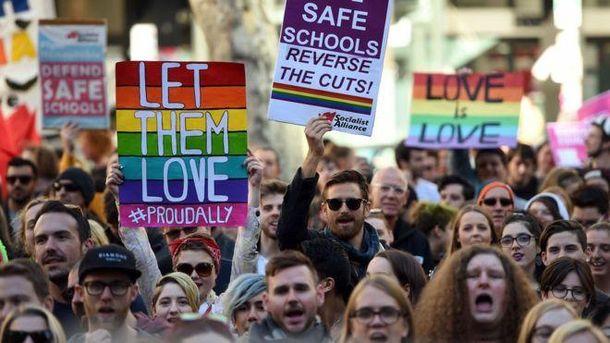Австралийцы будут решать судьбу однополых браков в своей стране