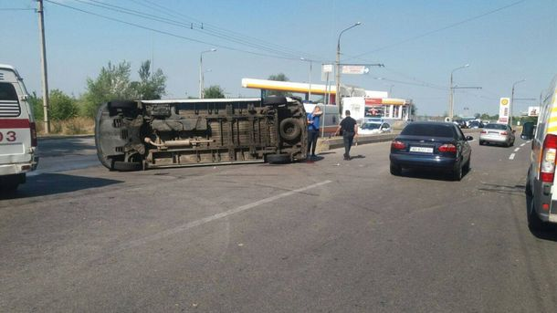 Вцентре Запорожья маршрутка столкнулась смикроавтобусом, травмированы 9 пассажиров