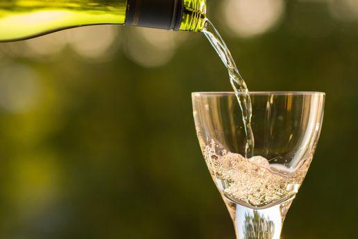 Какой вид спиртного повышает креативность: выводы ученых