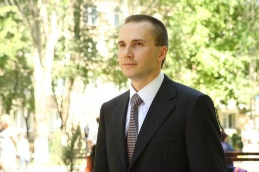 Син Януковича подав до суду