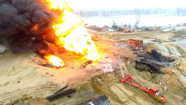 Пожар произошел на нефтяной скважине в России
