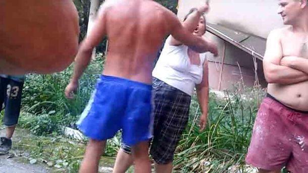 Роми побили вагітну жінку та дитину на Закарпатті
