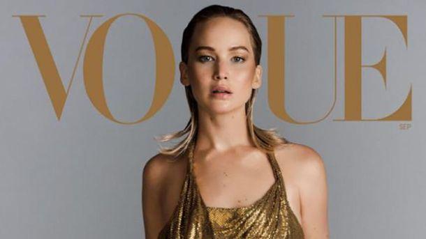 Дженнифер Лоуренс снялась для юбилейного номера Vogue без одежды: изысканные фото (18+)