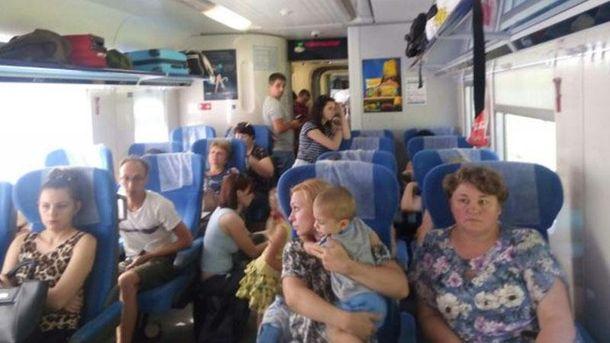 Пасажирам «Інтерсіті» довелося їхати стоячи: вмережі обурені