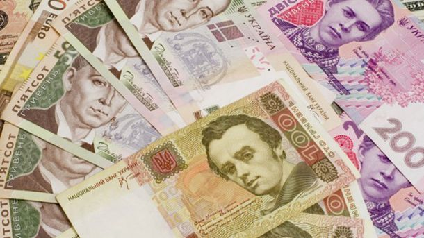 Готівковий курс валют 16 серпня: гривня продовжує дорожчати