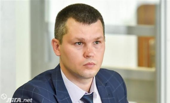 Суд прийняв самовідвід адвоката Януковича