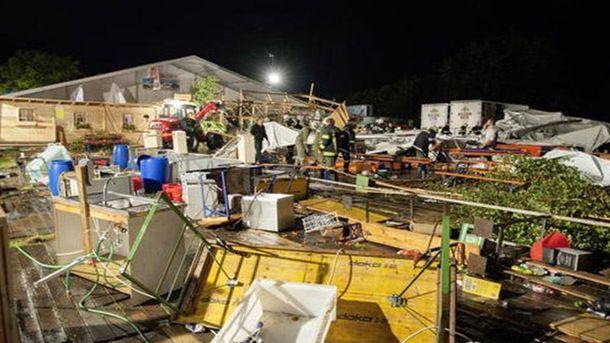 При обрушении шатра нафестивале вАвстрии погибли два человека