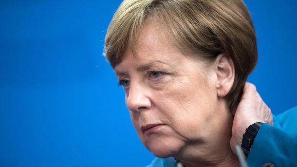 Меркель розкритикувала Шредера забажання увійти доради директорів «Роснєфті»