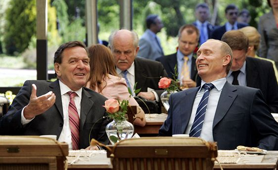 Запродатися Путіну: як Герхард Шредер став