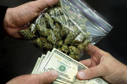 Картинки по запросу торговля наркотиками