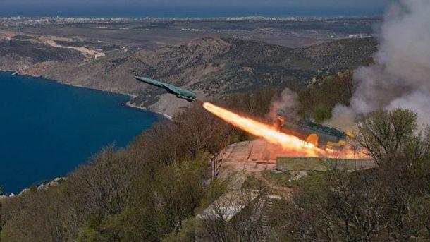 Росія провела вокупованому Криму навчальний запуск крилатої ракети