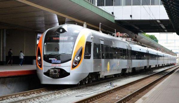 Ужовтні поїзд Київ— Перемишль курсуватиме лише достанції Медика