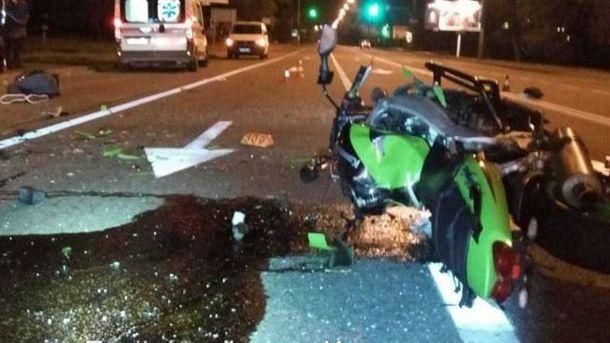 ВКиеве вужасном ДТП умер мотоциклист