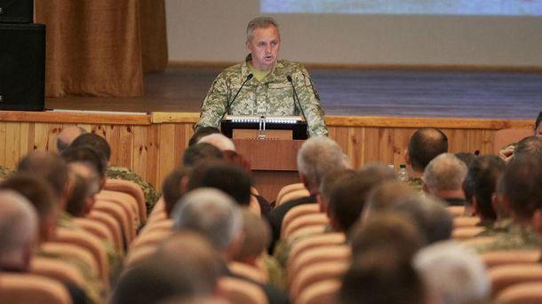 Муженко: Росія готується донаступальних дій