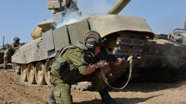 Россия начала учения в оккупированном Крыму (иллюстрация)