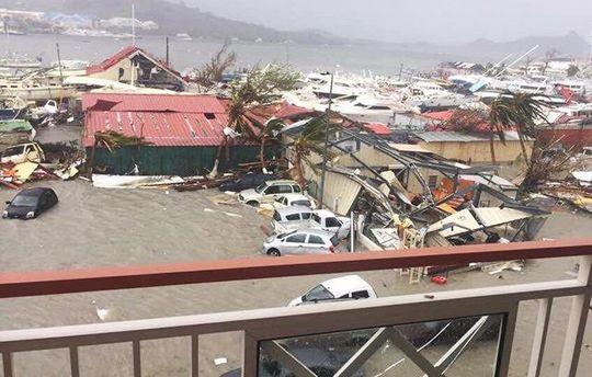 Фейки об урагане