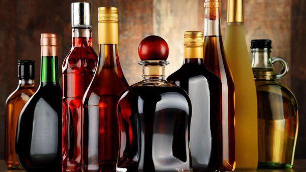 Сьогодні в Україні подорожчають алкогольні напої