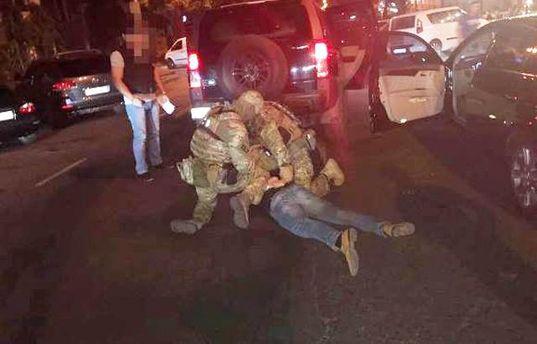СБУ спіймала на хабарі чиновника Одеської ОДА