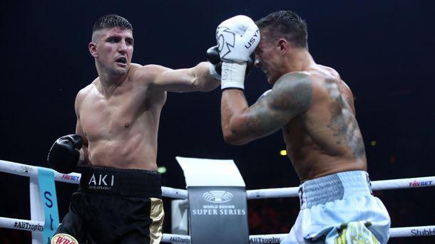 Хук демонстрировал грязный и грубый бокс против Усика
