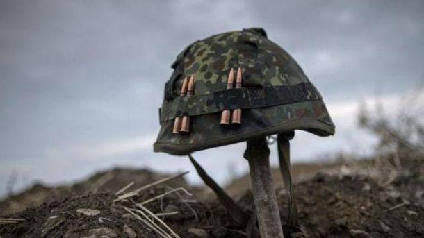 Катастрофа взоне АТО: украинский боец покончил ссобой