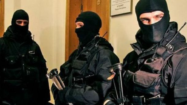 Обшуки у квартирі депутата Олександра Березнікова