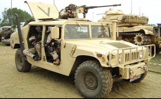 США відправить вУкраїну партію новеньких армійських Humvee