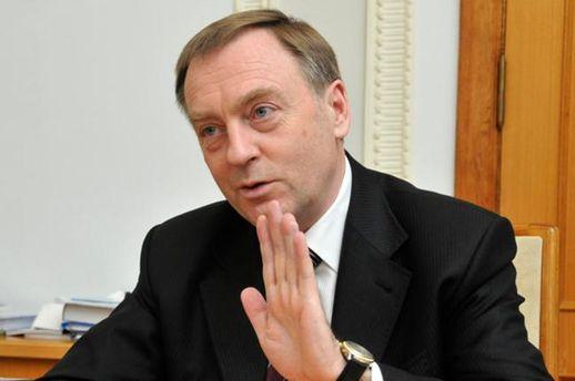 Суд може арештувати майно Лавриновича