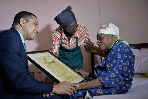 Старейшая жительница Земли умерла на Ямайке: премьер-министр страны написал об этом в Twitter