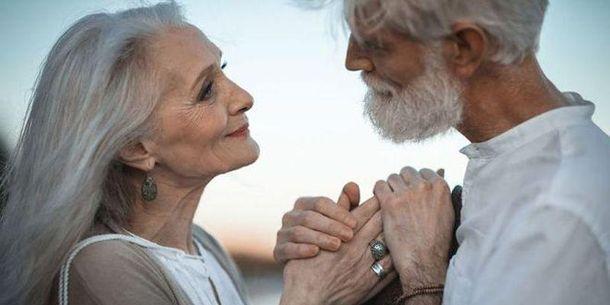 Ученые рассказали, кто с возрастом в паре чаще теряет интерес к сексу