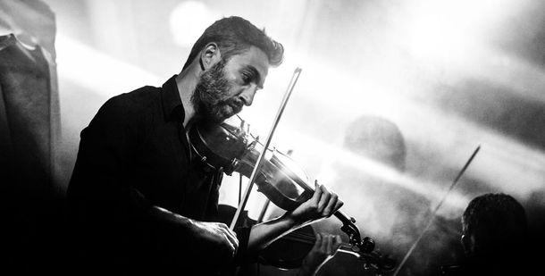 Ученые: Музыка делает мужчин неменее привлекательными вглазах женщин