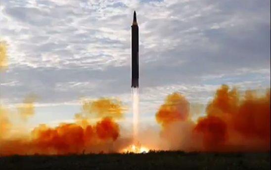 Відео запуску балістичної ракети КНДР 15 вересня