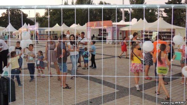 У мережі показали провальний День міста в окупованій Керчі