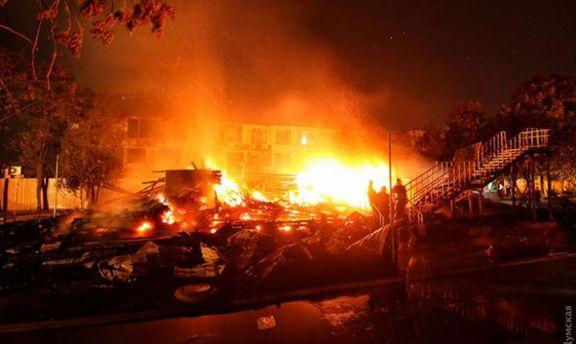 Спасатели жаловались на недостаточность воды: видео ликвидации пожара в детском лагере