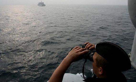 Уграниц Латвии барражируют русские боевые корабли