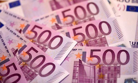 Швейцарія проводить розслідування про спущені вунітаз євро