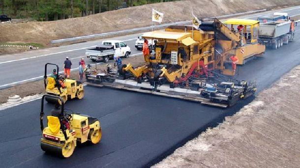 Будівництво автобану (фото ілюстративне)