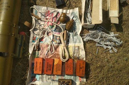Под Донецком отыскали оружие ибоеприпасы русского производства— Госпогранслужба Украины