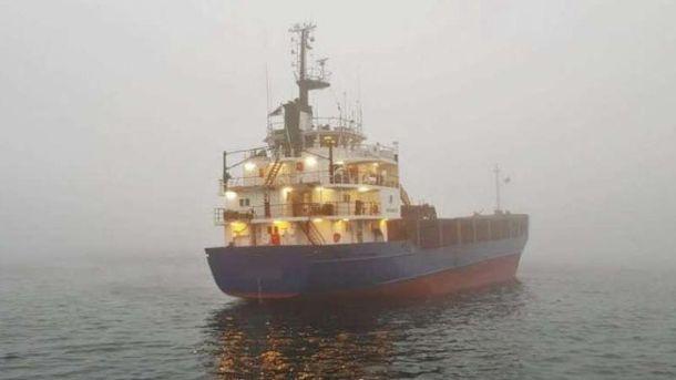 УШвеції сіло на мілину судно зросійським екіпажем